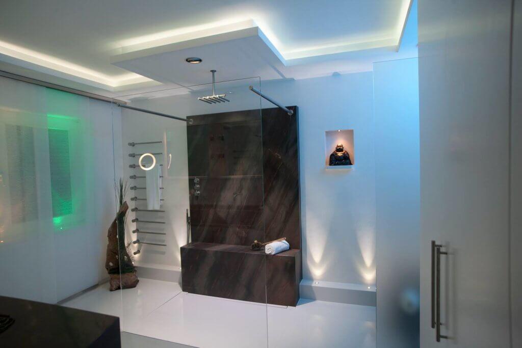 Lichtdesign Badezimmer Licht Schönes Licht Im Badvola Das Badzubehör Design  Von Vola, Das Sich Im