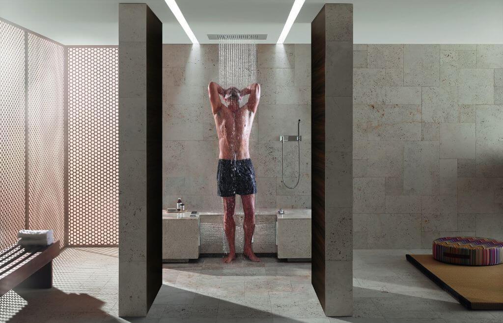 Premium Regenduschen Der Kauf Einer Regendusche. Gestalten Sie Ihr Badezimmer  Modern ...