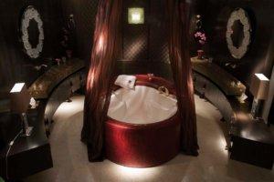 Badarchitektur oder baden im Monsum-Ambiente