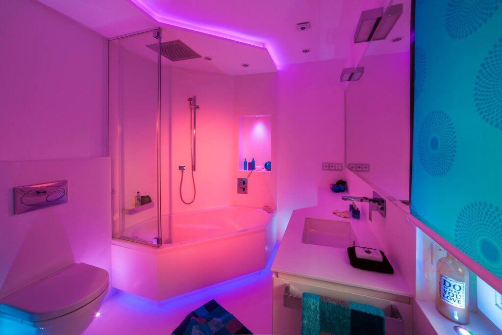 kleines badezimmer modern gestalten tipps & ideen mit lichtdesign - Kinder Bad Gestalten Ideen