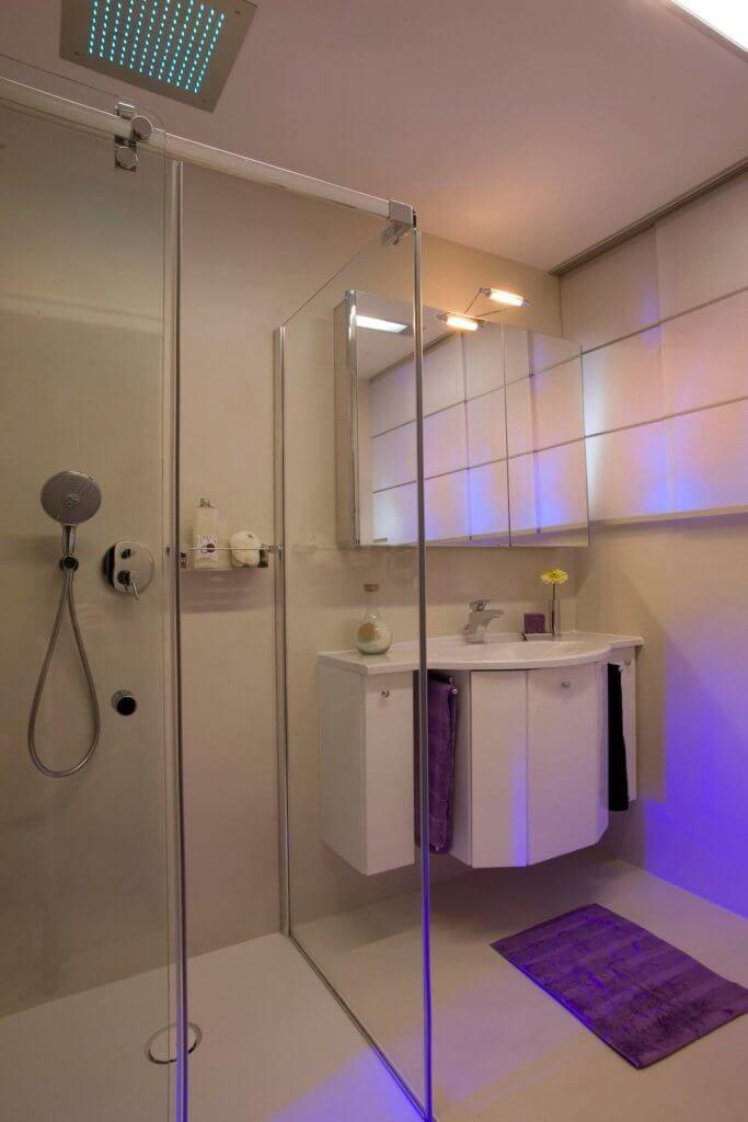 Harmonie Pur U2013 Badezimmer Fugenlos Gestalten Glatte Wände Gelten Seit Der  Antike Als Das Anstrebenswerte Ideal