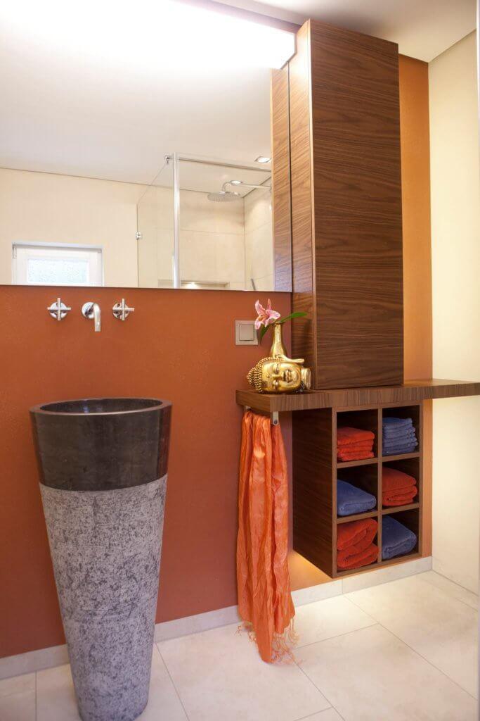 Gäste Badezimmer mit stimmungsvollen ☀Lichtszenarien ✓