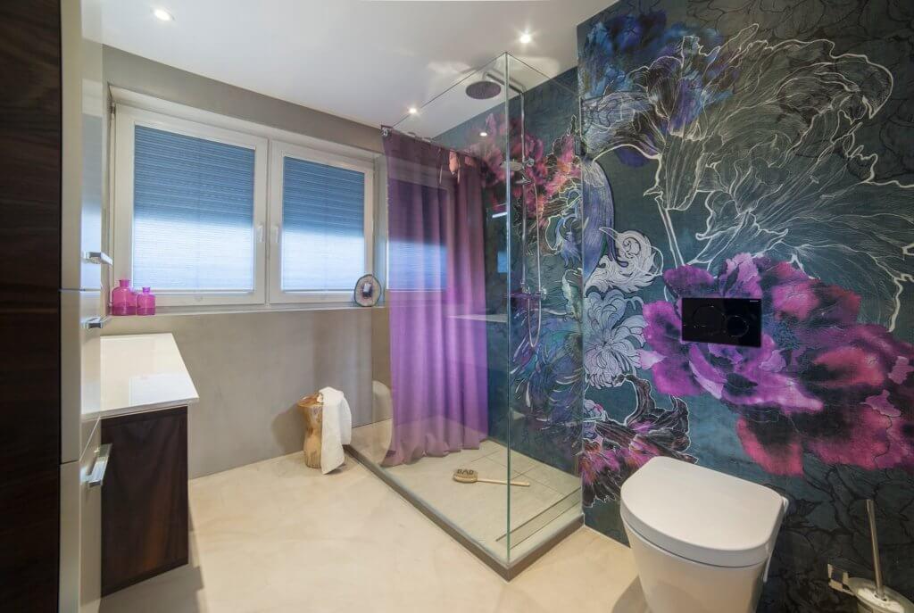 badgestaltung mit tapeten ist tapete im bad machbar. Black Bedroom Furniture Sets. Home Design Ideas