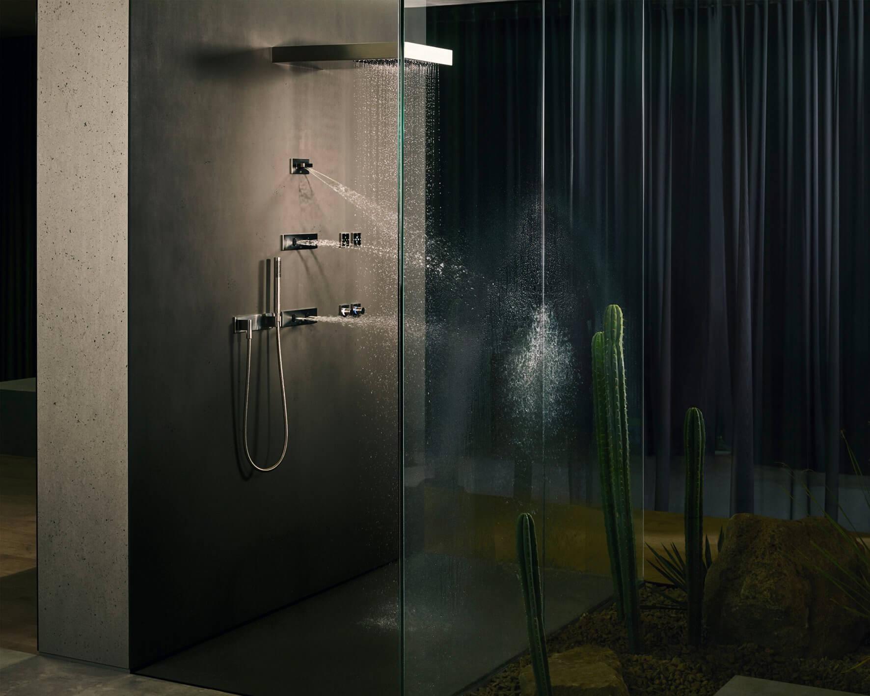 Mit LifeSpa wurde die Idee einer gesundheitsorientierten Badgestaltung von einem Badgestalter auf eine neue Stufe gehoben. Das Konzept steht für eine ganzheitliche Badplanung und -ausstattung im Sinne einer gesunden und präventiven Lebensweise – im privaten Bad oder Home Spa wie auch im exklusiven Hotel- und Wellness-Umfeld.
