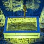 Naturstein Waschtisch aus Jura Marmor mit einer Einlage aus Acryl-Element
