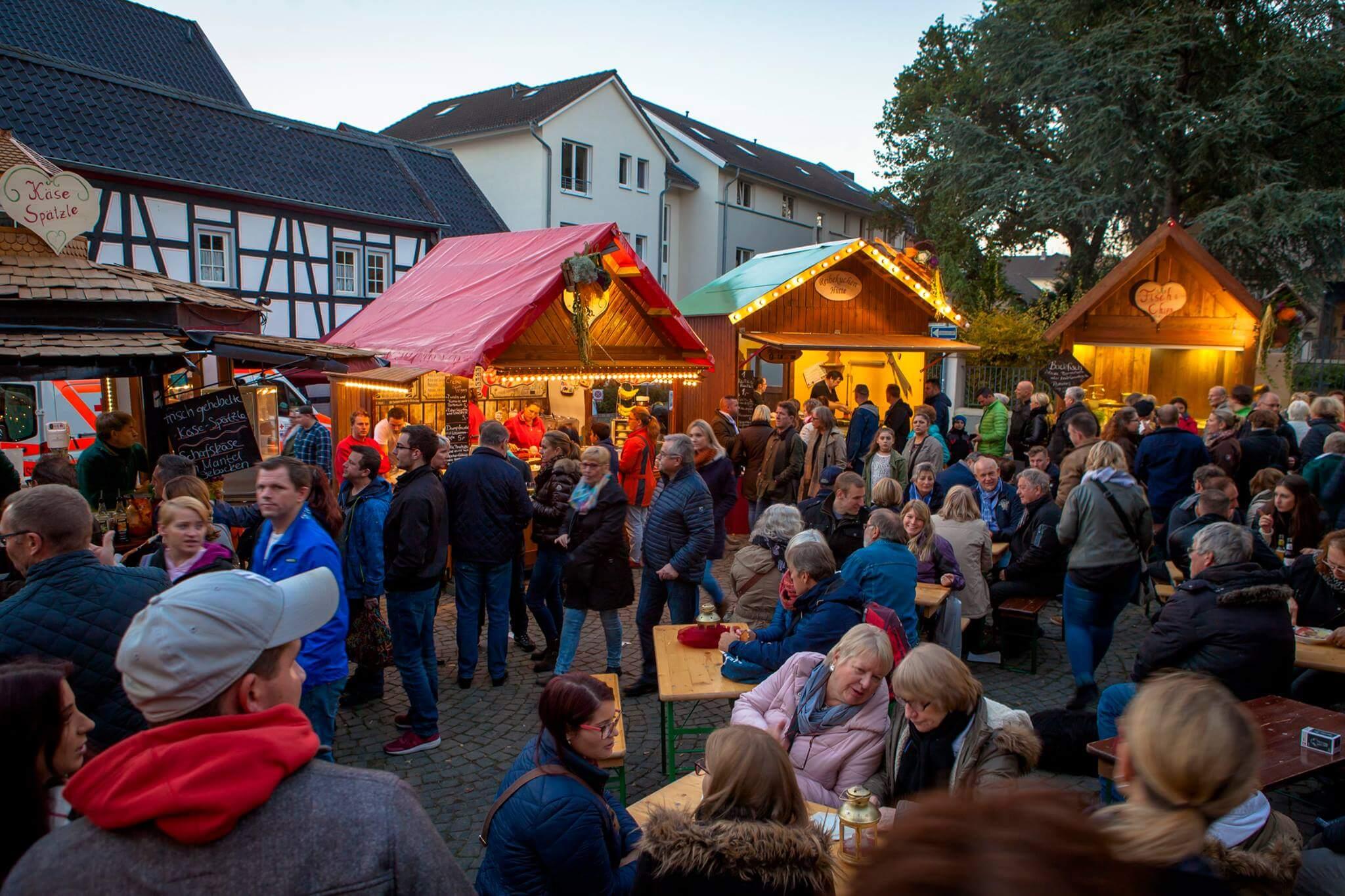 Martinimarkt Bad Honnef 2017 das Stadtfest für die Sinne Der Herbstmarkt findet vom 25. bis 29. Oktober 2017 statt. ZentraParkplätze mit Pendelverkehr
