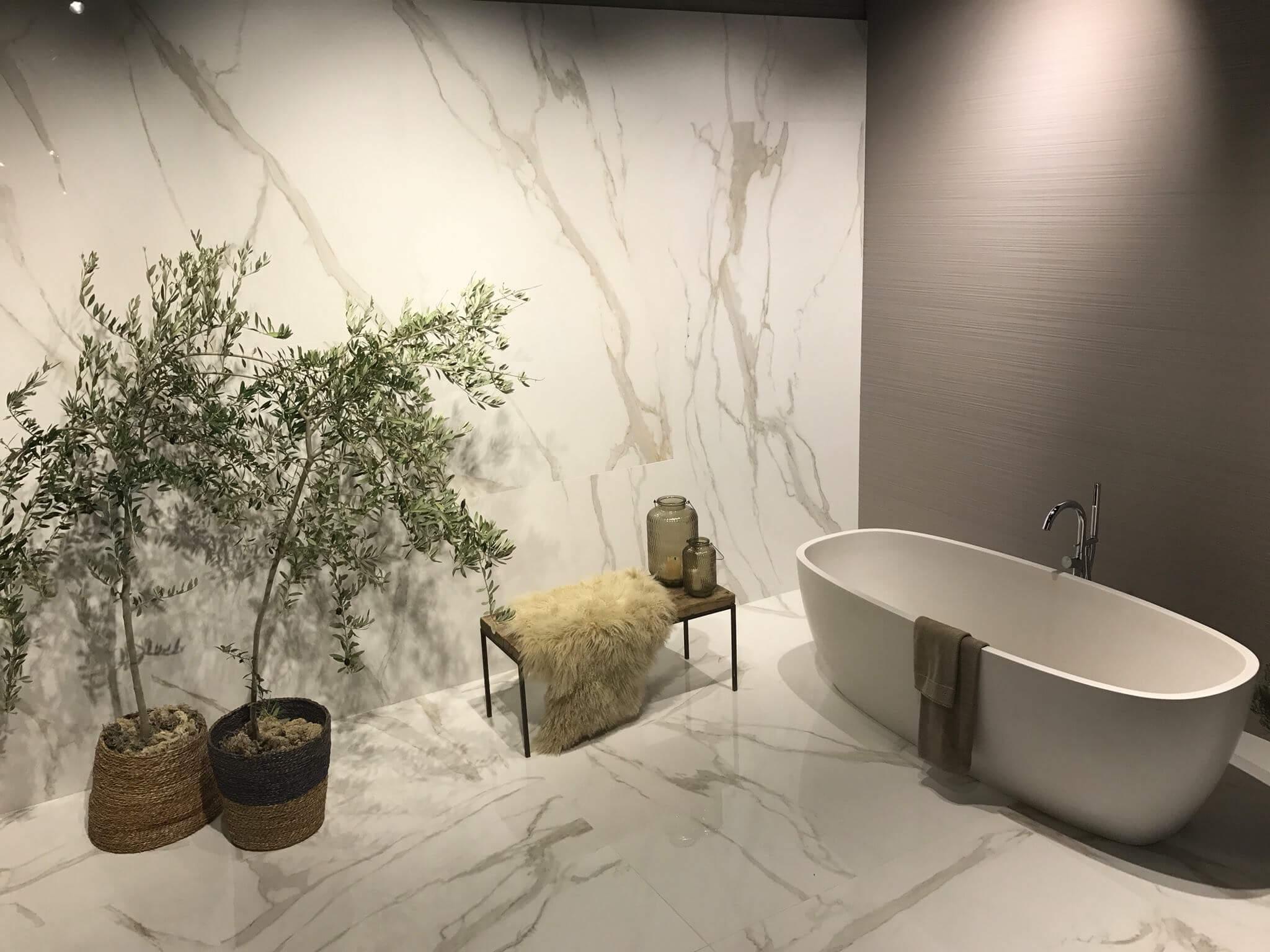 Bianco Carrara der weiße Marmor - direkt vom Keramikhandel jetzt zu kaufen