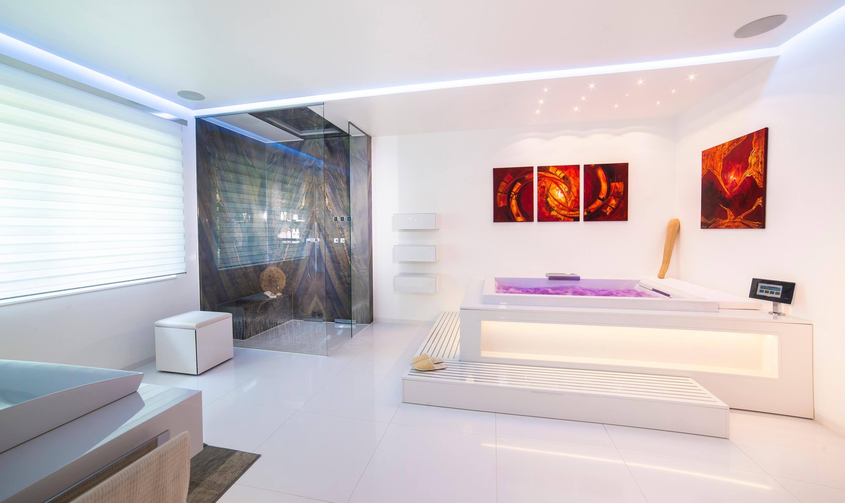 Luxusbäder Und Traumbäder TRAUMBAD Ein Traumbad Berührt Sie Emotional,  Wirkt Morgens Erfrischend Und Abends Entspannend