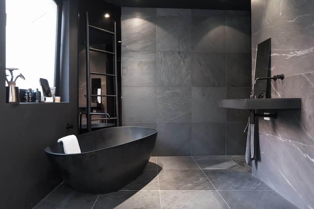 Schwarzes Badezimmer   Piet Boon Anspruchsvolle Asthetik Fur Minimalisten