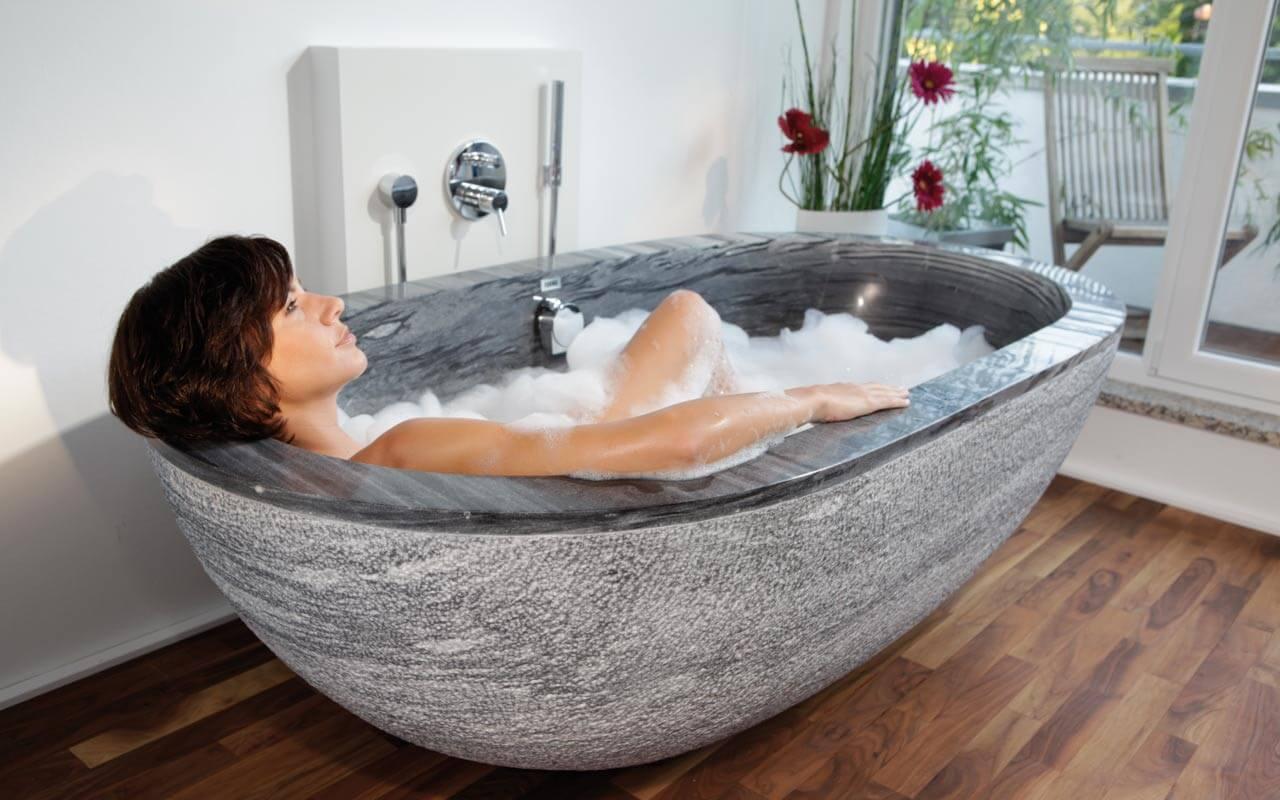 Badewanne Marmorwanne freistehende Marmor-Wanne Naturstein Wanne Organische Form