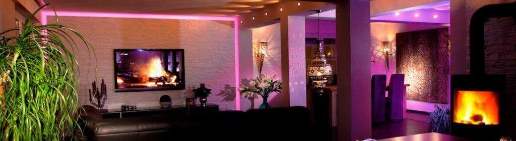 Sinnliche Akzente lassen sich auch mit einem professionellen Lichtdesign erzielen, das eine hervorragende Alternative zum Interieur Renovieren darstellt
