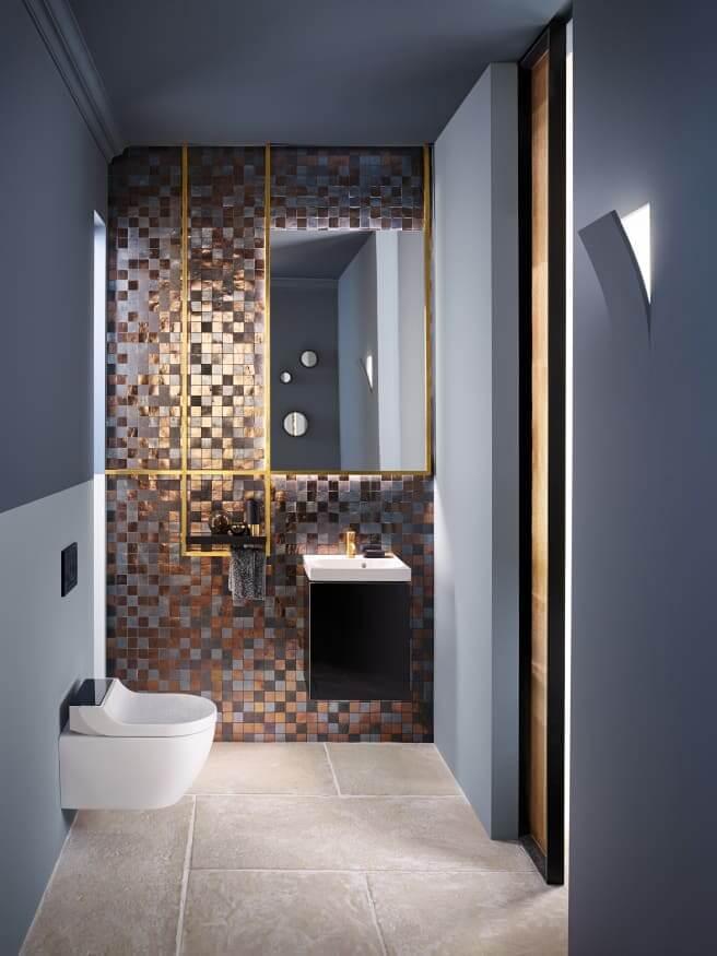 Ein Hauch von Luxus: Gold avanciert aktuell zu einem absoluten Highlight in der Badgestaltung. (Foto: Geberit)