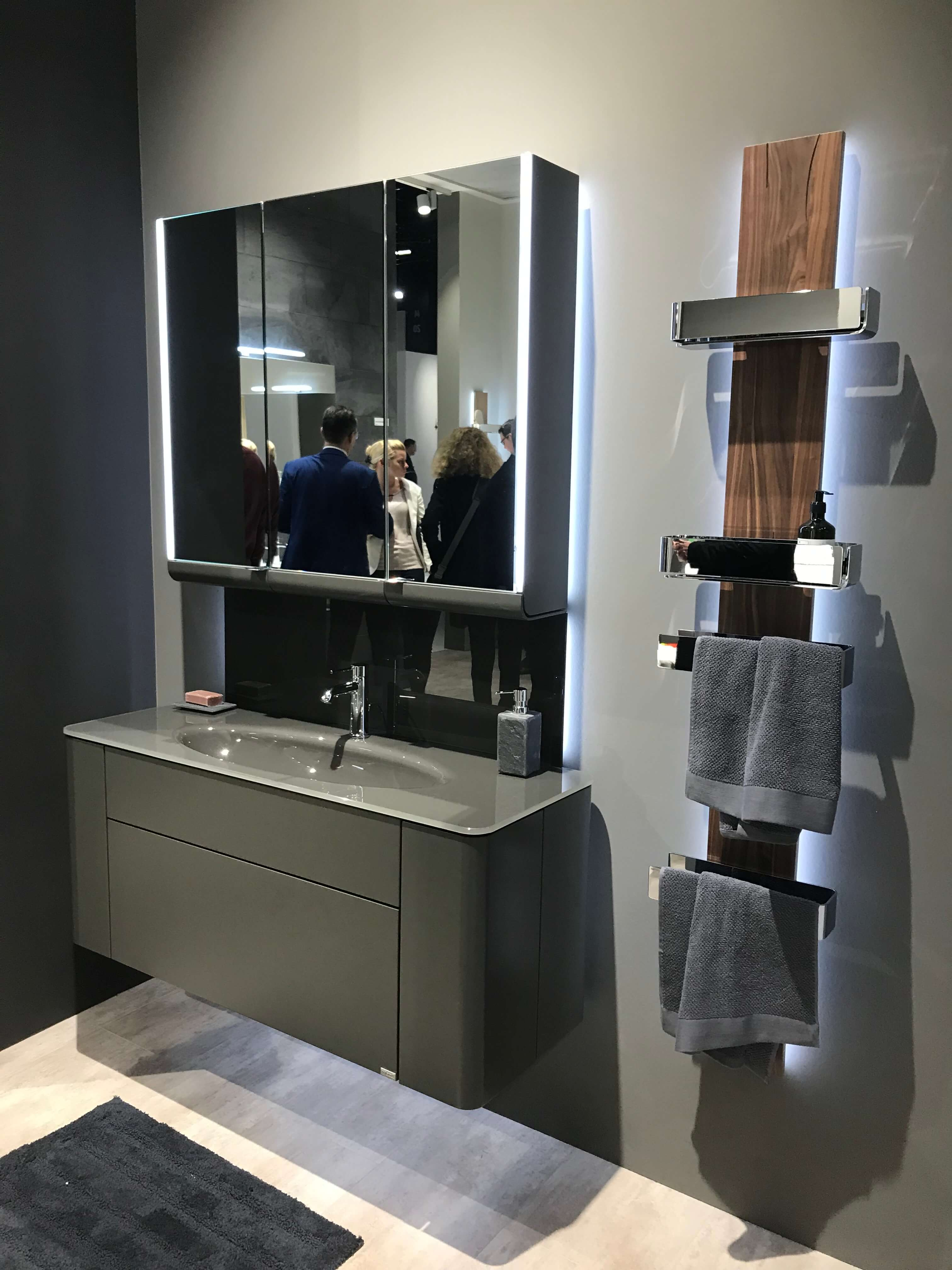 3c87013d2ff9 Hülsta Designmöbel jetzt auch für das Badezimmer Die bekannten Möbellinien  Tetrim und Gentis können jetzt auch
