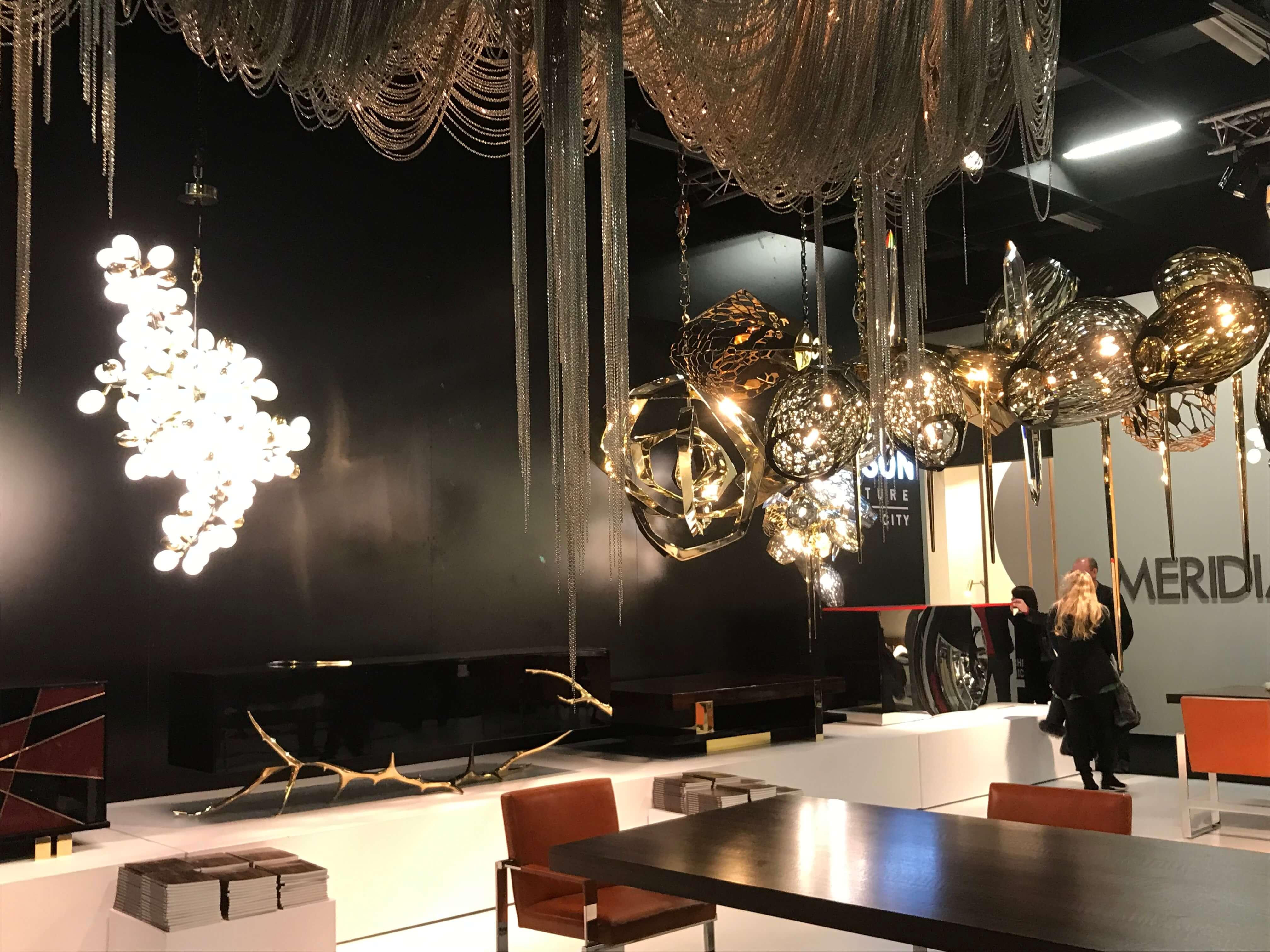 Es werde Licht: Eindrucksvolle Lichtblicke bilden das Herzstück von minimalistisch eingerichteten Räumen