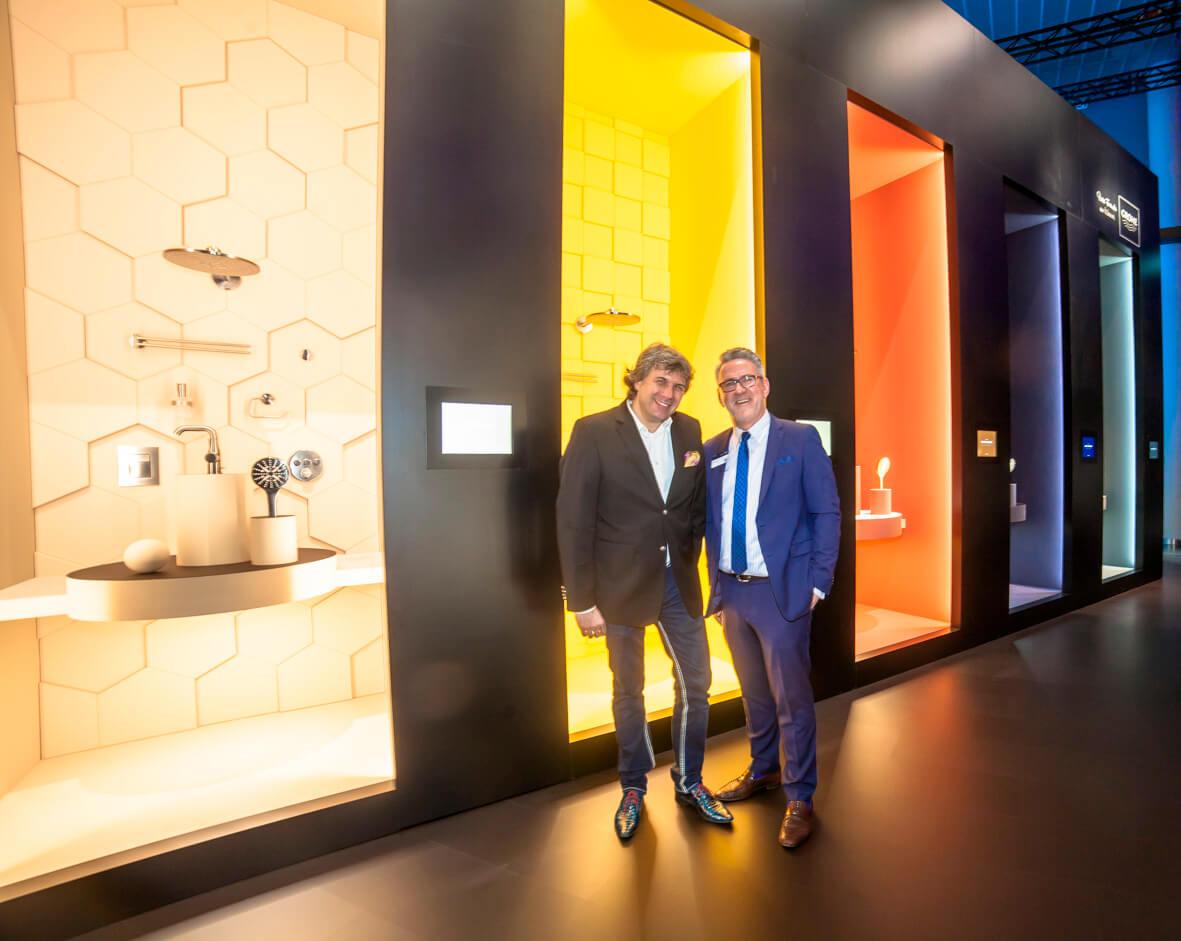 Designer Torsten Müller mit Grohe Gebietsleiter Lothar Hörning von GROHE